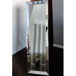 Lustro stojące w szklanej ramie 48x156