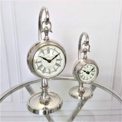 Elegancki zegar na nóżce do wnętrz New York M