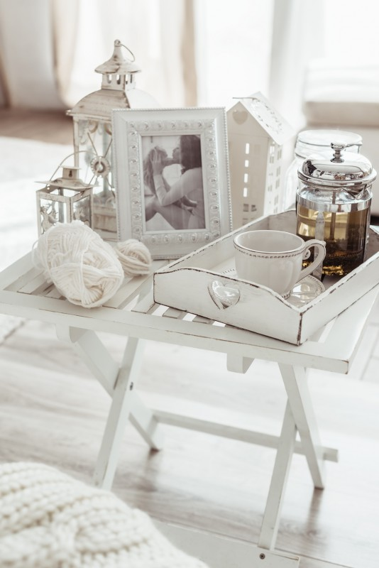 mieszkanie w stylu shabby chic meble lampy i dodatki blog villadecor. Black Bedroom Furniture Sets. Home Design Ideas