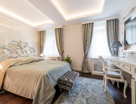 dekoracyjne narzuty na łóżko