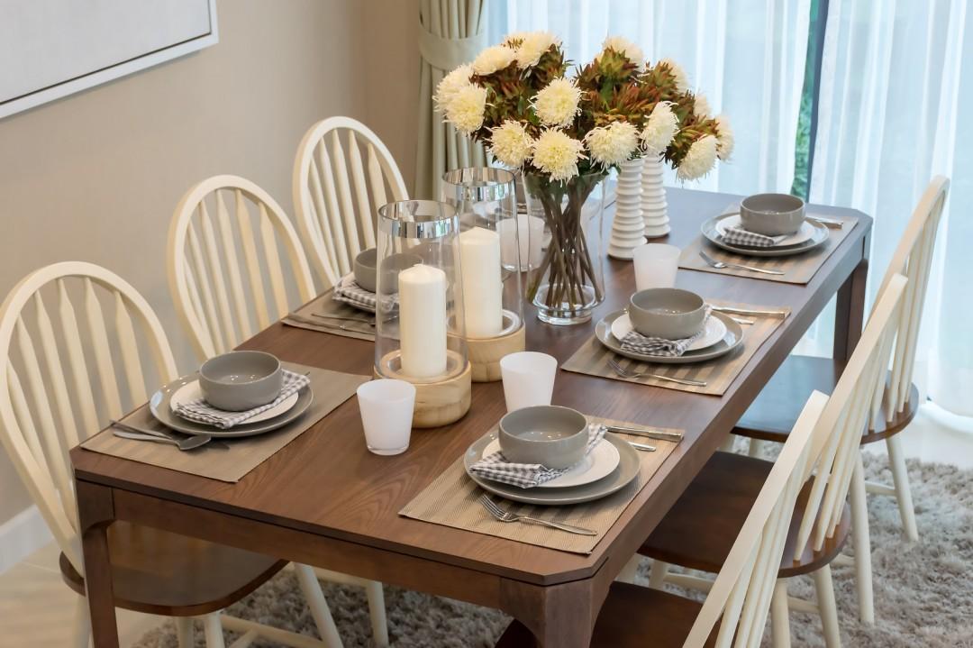 Dekoracyjne obrusy podk adki i bie niki na st kuchnia for Kitchen tea table setting ideas
