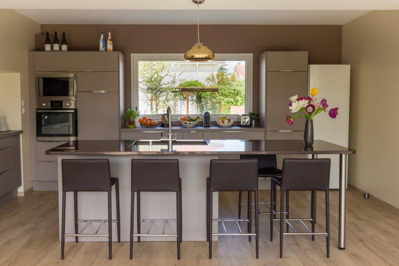 Kuchnia w stylu minimalistycznym jak j urz dzi blog villadecor - Construire un bar americain ...