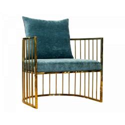 Fotel tapicerowany na złotych nogach