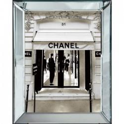 Obraz w lustrzanej ramie Chanel