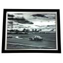 Luksusowy obraz w czarnej ramie czarno biały-samochód 91.5x71.5