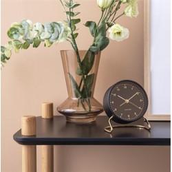 Elegancki czarno złoty zegar stojący z budzikiem na stolik nocny