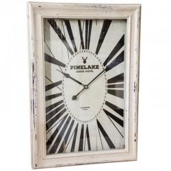 Zegar w drewniane ramie Pinelake