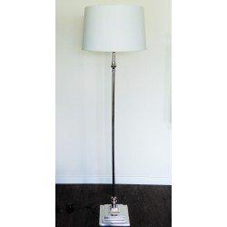 Elegancka niklowana lampa podłogowa