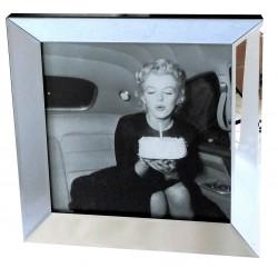Obraz do sypialni w lustrzanej ramie 50x50 Marilyn Monroe