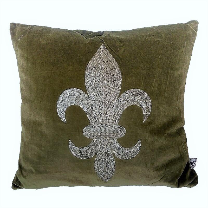 Luksusowa haftowana welurowa poducha w modnym kolorze ciepłej zieleni 60x60