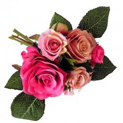 Elegancki bukiecik różanych róż do wazonu w salonie lub sypialni