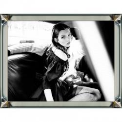 Obraz w ramie z lustra Kate Moss Car