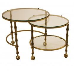 Ekskluzywny zestaw dwóch złotych stolików na kółkach