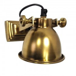 Złoty metalowy kinkiet do podświetlania punktowego