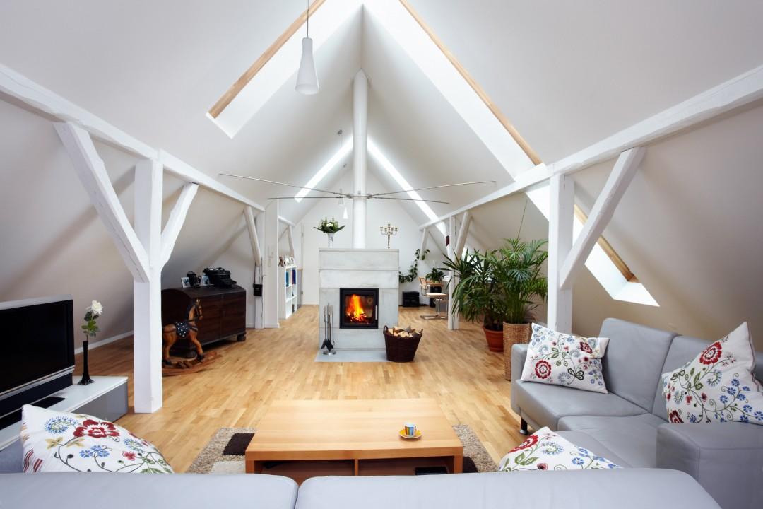 Male Mieszkanie Na Poddaszu Aranzacje I Inspiracje Blog Villadecor